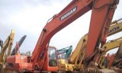斗山 DH220LC-7 挖掘机         (全国包邮手续齐全)