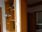 南丹老中医院后面 2室2厅 64平米 精装修 押一付三