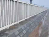 供應-水泥護欄,鐵路路基柵欄,混凝土立柱,廠家供應