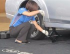 新余24小时汽车道路救援维修补胎搭电送油拖车