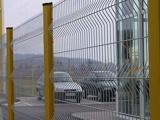 折弯护栏网   桃型柱护栏网   三角折弯护栏网