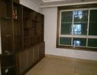 月秀家园 2室2厅1卫 黄金2楼 带储藏室车库