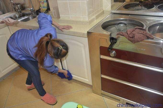 武进区湖塘专业家庭保洁日常打扫,地毯玻璃清洗瓷砖美缝