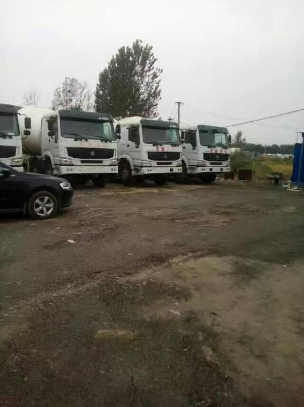 本公司常年收集各种品牌二手工程车