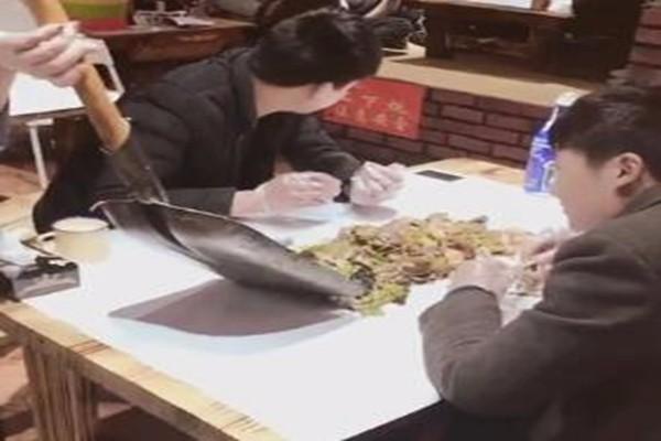 哈尔滨大铁锨手抓海鲜加盟费多少钱 徒手抓海鲜加盟店