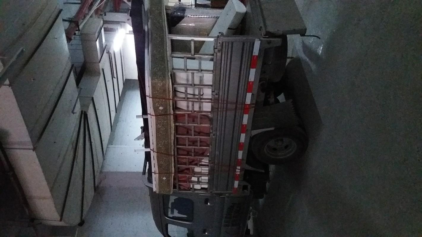 推贵阳面包车货车搬家拉货1OO起