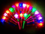 新款 弹簧棒 粒子灯 闪光玫瑰花   爱心 地摊广场热卖 发光玩