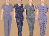 厂家自产自销 热款冰丝印花中老年女装短袖套装批发