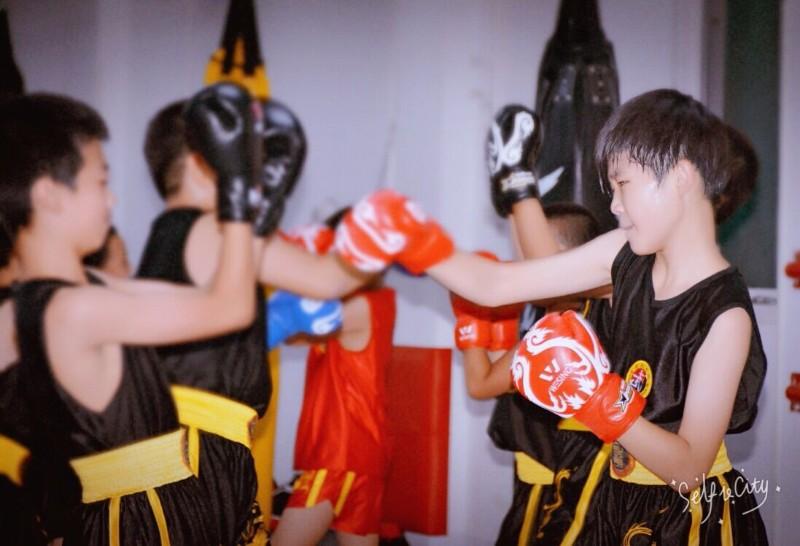 北京专业武术7折优惠 散打 泰拳 女子防身 少儿搏击