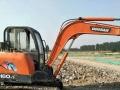 斗山 DX60 挖掘机  (低价出售挖掘机)