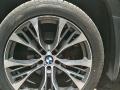 宝马x5挺配轮毂及轮胎