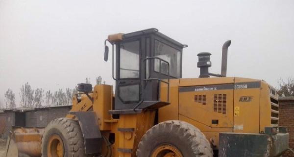 转让闲置二手装载机50型30型和小铲车,欢迎现场看车