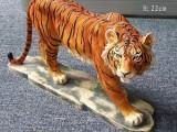 上海零爵狮子彩绘玻璃钢雕塑