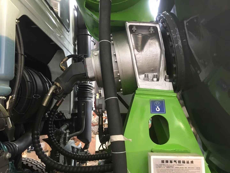 重汽380马力高能重汽豪沃15方搅拌车