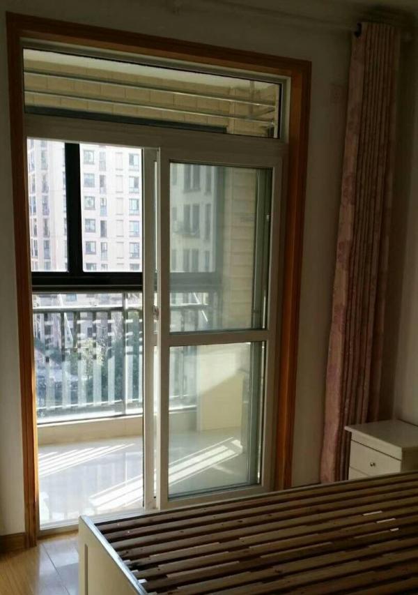 出租 悦府 2室2厅 简装 生活设施 齐全 3楼