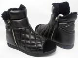 批发新款大牌外贸原单真皮女靴格子线里外羊皮可爱淑女型罗马矮靴