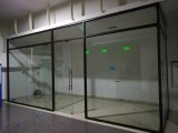 哈爾濱廠家主要經營鋼化玻璃,夾膠玻璃,烤漆玻璃,