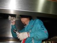 中关村专业承包大型抽油烟机清洗维修烟道清理