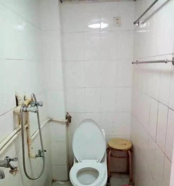 南杨新村2楼出租 拎包入住3空调2彩电