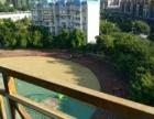 兰乔圣菲对面技工学校145平米有阳台、独立天面