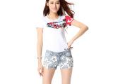 夏季韩版修身五角星钉珠牛仔短裤 大码中腰宽松牛仔裤 显瘦热裤