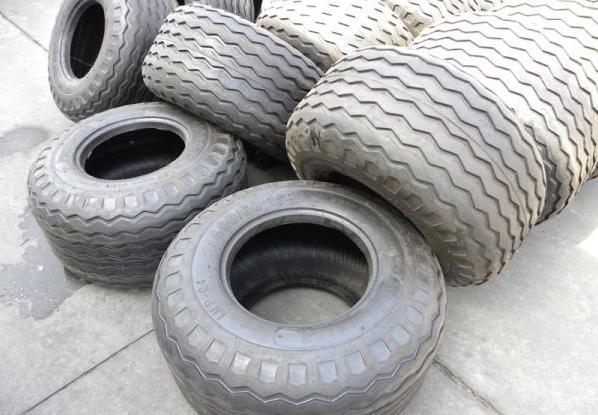 14.00-20铲车轮胎沙漠轮胎专用