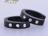 厂家供应批发饰品 新款欧美黑色耳扣镶钻 钛钢女士耳饰防过敏