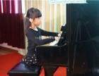 上海钢琴培训班-首选96年办学A级好莱坞艺校