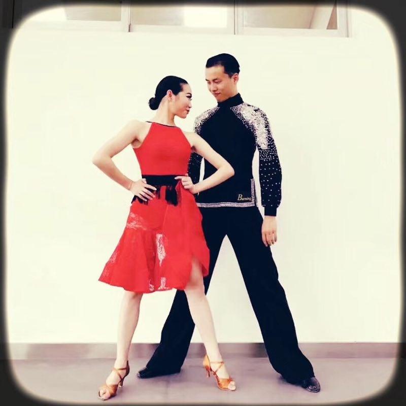 成都专业爵士舞钢管舞拉丁肚皮舞吊环绸缎舞TB秀酒吧领舞