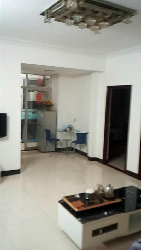 启明南路45号荣胜楼 房东直租2室 2厅 全齐整租