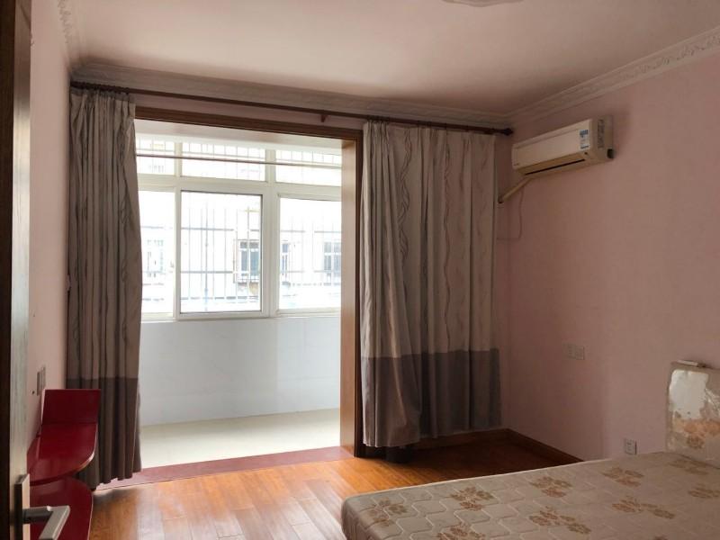 惠南 荡湾新村 2室 1厅 65平米 整租荡湾新村