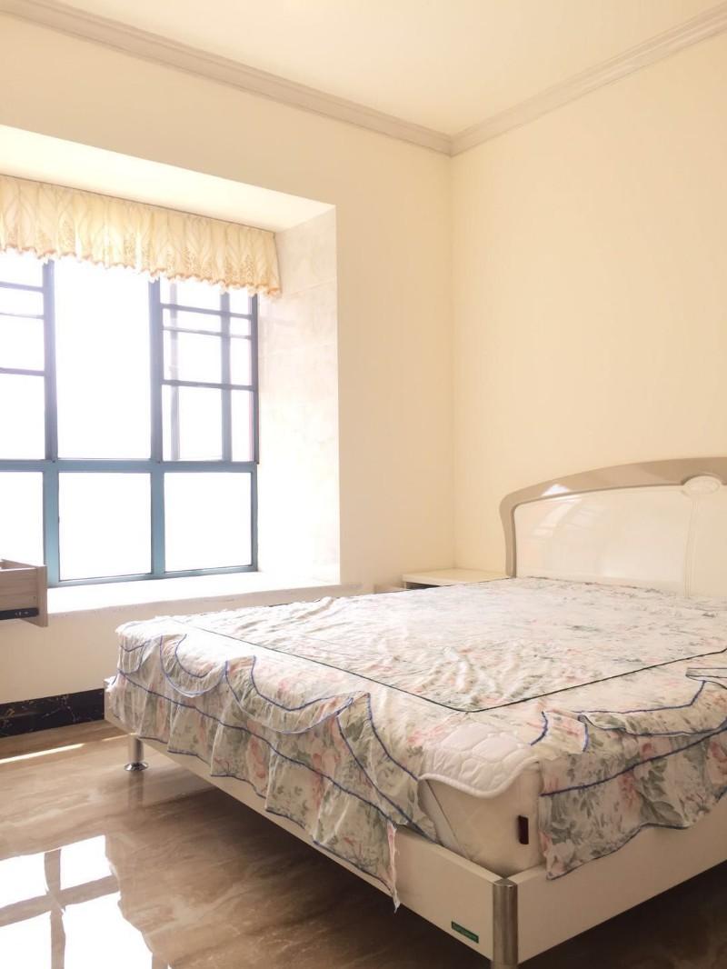 西城时代 3室 2厅 119平米 出售