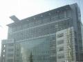 新世纪广场对过银河大厦纯写字间300平米 公交站牌